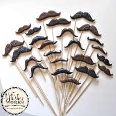 mustaches_12_styles_sticks_04_button